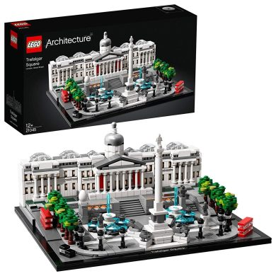 LEGO Architecture - Trafalgar Square Nuevo maqueta de juguete para construir el emblemático espacio de Londres, incluye Taxis y Autobuses Tí...